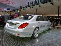 thumbnail image of Mercedes-Benz S 500 Plug-In Hybrid Frankfurt 2013