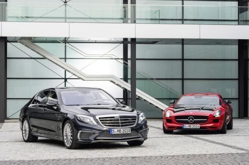 Мерседес-AMG представлена в s65 AMG и SLS AMG GT в окончательной редакции