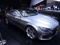thumbnail image of Mercedes-Benz S-Class Coupe Detroit 2014