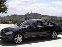 Mercedes-Benz S-Class Grand Edition W221, 1 of 21