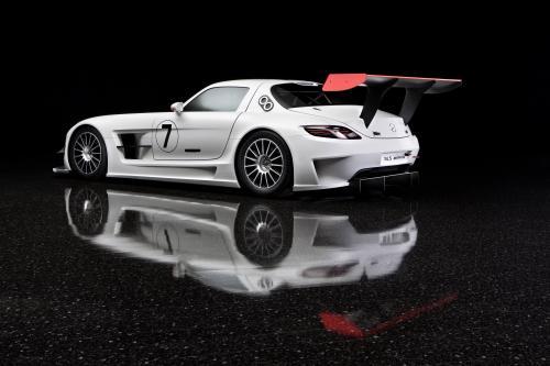 Близкий взгляд на Mercedes-Benz SLS AMG GT3
