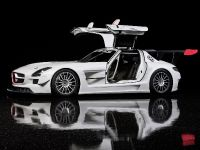 Mercedes-Benz SLS AMG GT3, 2 of 16