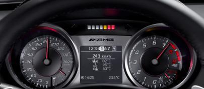 Mercedes-Benz SLS AMG Interior (2010) - picture 4 of 9