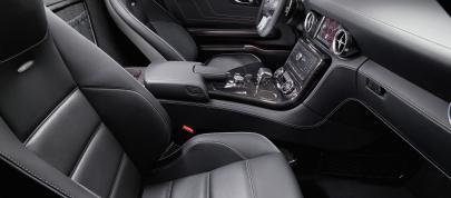 Mercedes-Benz SLS AMG Interior (2010) - picture 7 of 9