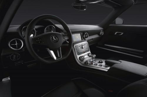 Mercedes-Benz SLS AMG Interior (2010) - picture 1 of 9