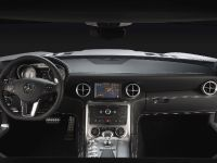 Mercedes-Benz SLS AMG Interior, 7 of 9