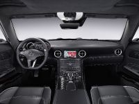 Mercedes-Benz SLS AMG Interior, 4 of 9