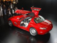 Mercedes-Benz SLS Gullwing Frankfurt 2009, 2 of 10
