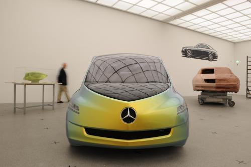 """Выставка """"вехи истории автомобильного дизайна - пример Mercedes-Benz"""" в Pinakothek der Moderne) в Мюнхене"""