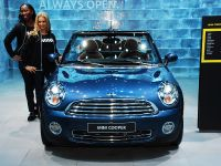 thumbnail image of Mini Cooper Convertible Detroit 2009