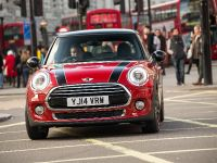 MINI Cooper D Hatch, 1 of 17