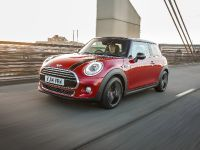 MINI Cooper D Hatch, 2 of 17