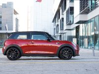 MINI Cooper D Hatch, 8 of 17