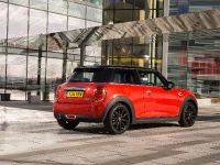 MINI Cooper D Hatch, 12 of 17