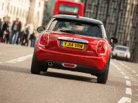 MINI Cooper D Hatch, 14 of 17