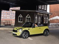 MINI Cooper S Convertible, 2 of 24
