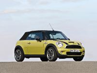 MINI Cooper S Convertible, 4 of 24