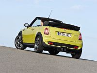 MINI Cooper S Convertible, 5 of 24