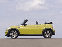 MINI Cooper S Convertible, 11 of 24