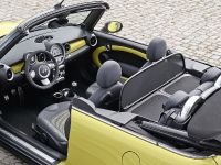MINI Cooper S Convertible, 16 of 24
