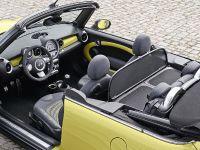 MINI Cooper S Convertible, 16 of 24