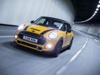 MINI Cooper S Hatch, 2 of 15