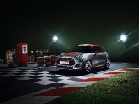 MINI John Cooper Works Concept, 2 of 11