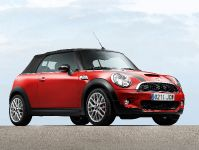 MINI John Cooper Works Convertible, 2 of 9