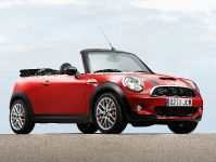 MINI John Cooper Works Convertible, 3 of 9
