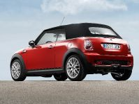 MINI John Cooper Works Convertible, 7 of 9