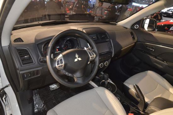Mitsubishi ASX interior Los Angeles