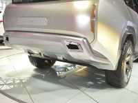 thumbnail image of Mitsubishi Concept GC-PHEV Chicago 2015