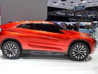 thumbnail image of Mitsubishi Concept XR-PHEV Geneva 2014