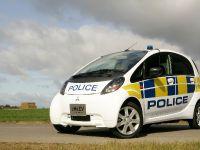 thumbnail image of Mitsubishi i-MiEV UK Police car