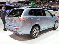 thumbnail image of Mitsubishi Outlander PHEV Geneva 2014