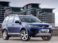 Mitsubishi Outlander, 13 of 16