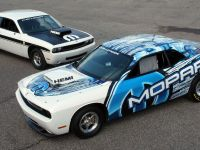 Mopar Dodge Challenger Drag Race Package, 3 of 3