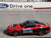 Ford Mustang 1000 Lap Challenge, 1 of 9