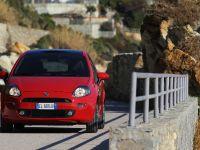 MY2012 Fiat Punto, 3 of 15