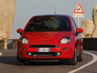 MY2012 Fiat Punto, 6 of 15