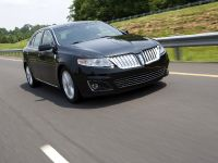 Lincoln MKS, 9 of 13