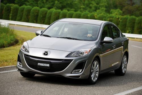Все новые Mazda3 седан дебютирует на выставке Los Angeles auto show