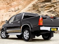 Toyota Hilux 2009, 2 of 3