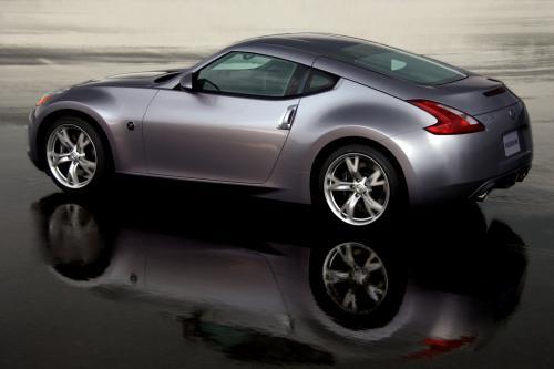 Все-Новый 2009 Nissan 370Z Coupe готовится к дебюту