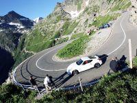 Nissan 370Z Nismo vs Wingsuit, 4 of 14