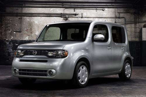 Nissan представляет новый куб на глобальных рынках