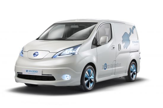 Nissan e-NV200 and NV200 London Taxi