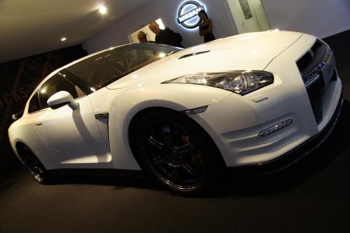 2012 Nissan GT-R - a facelift версия лучший трек в мире автомобиль