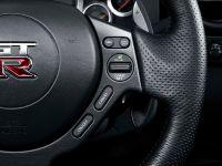 Nissan GT-R SpecV, 15 of 19