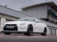 Nissan GT-R Track Pack, 5 of 15